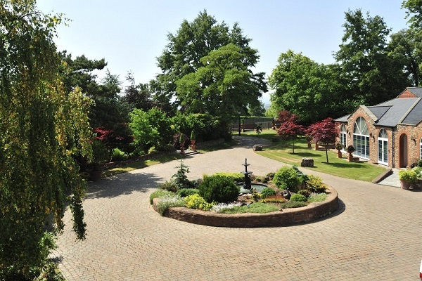Properties for Sale and Rent in Taunton